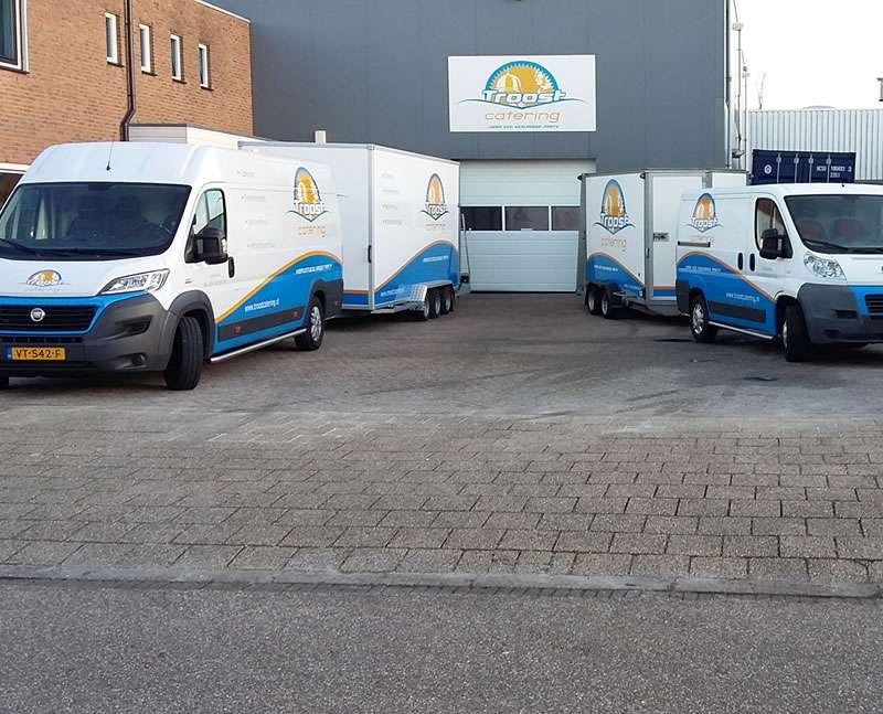 Bussen voor eerste bedrijfspand