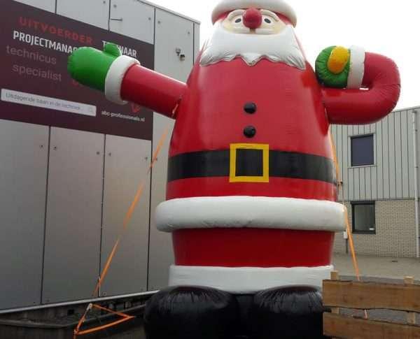 Opblaasbare kerstman 5m