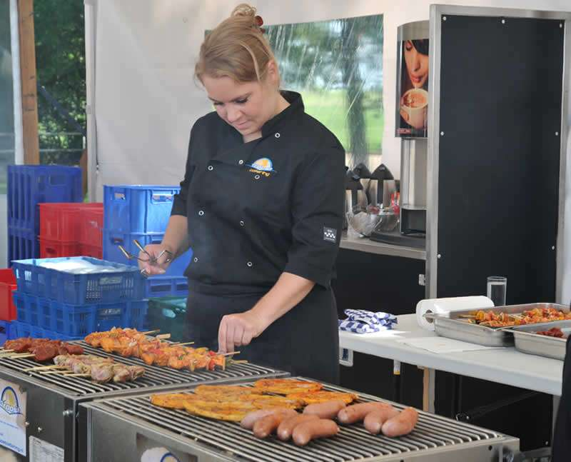 Tuinfeest met barbecue